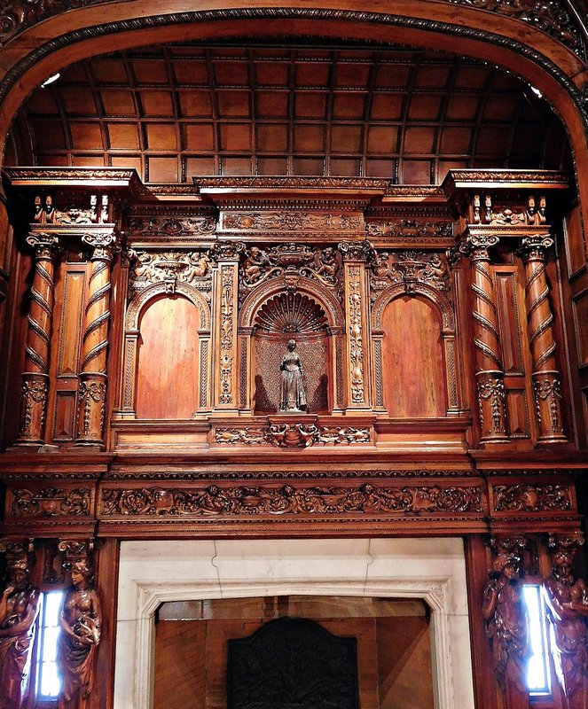 Two Temple Place: great hall fireplace