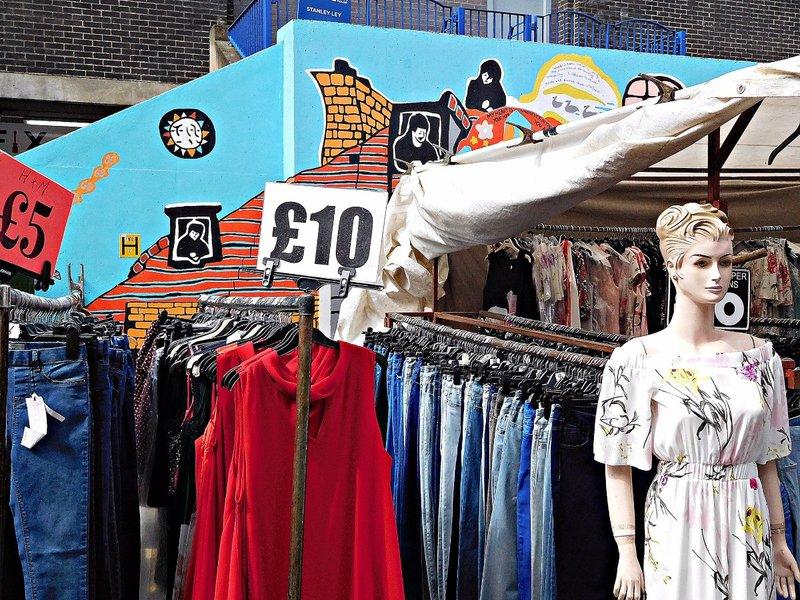 BRICK 0aiii Middlesex Street Petticoat Lane Market