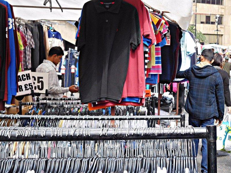 BRICK 0ai Middlesex Street Petticoat Lane Market