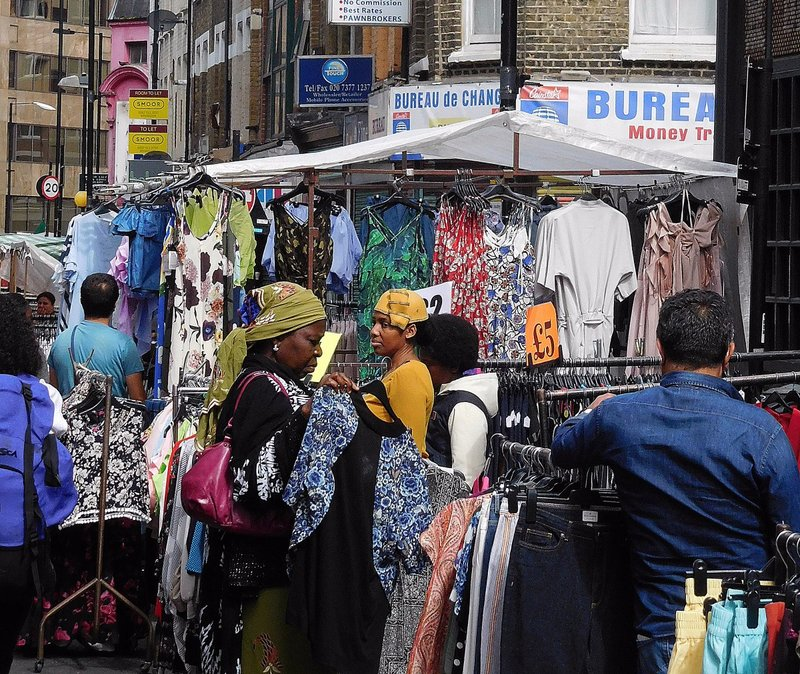 BRICK 0aii Middlesex Street Petticoat Lane Market