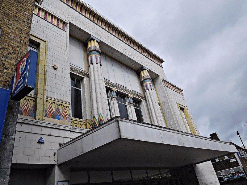 Gracepoint, formerly Carlton Cinema