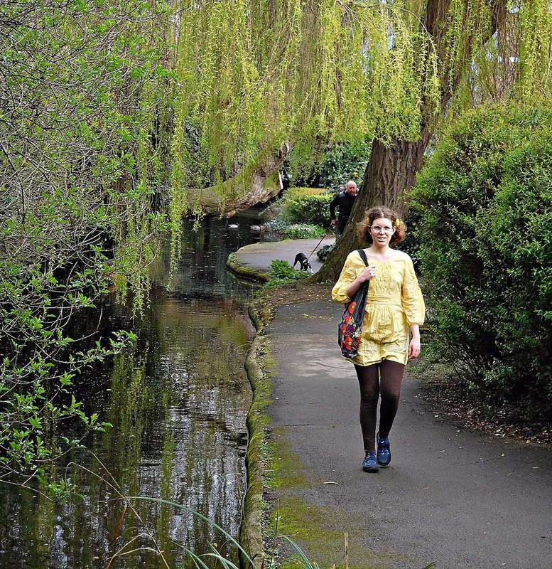 NEW RIVER WALK: Walkers and willows