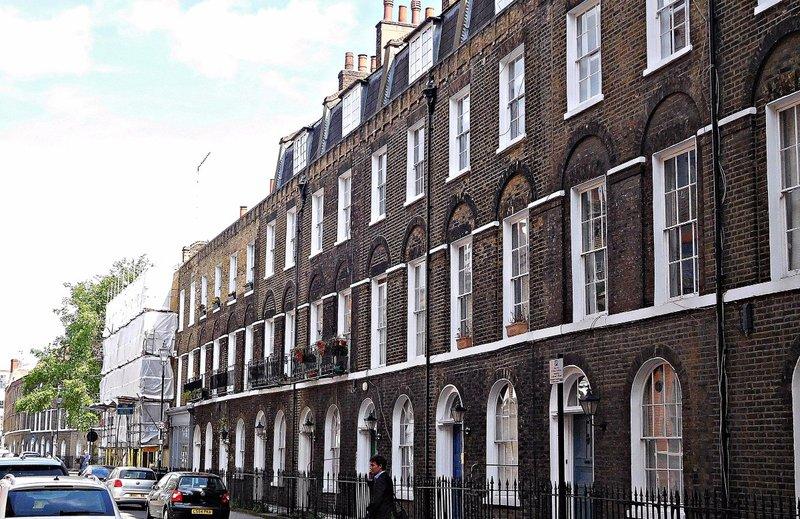 Sekforde Street opposite  John Groom's New Crippleage
