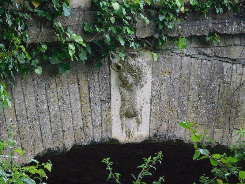 Teignbridge:  bridge detail