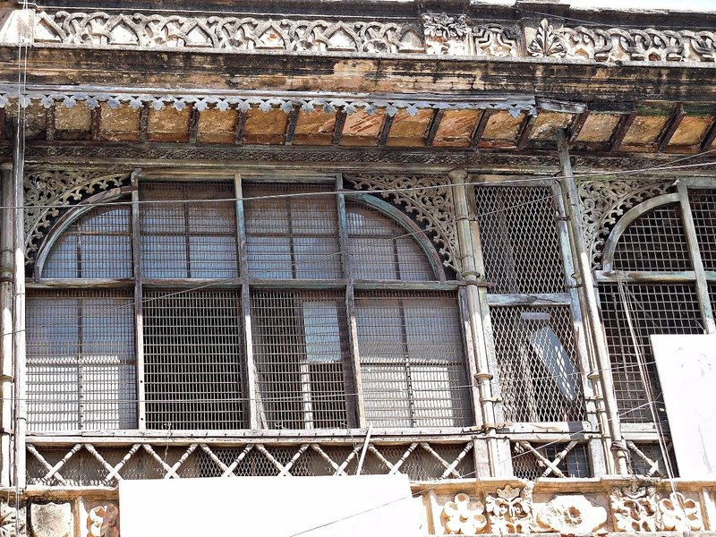 Mohan Buildings Chickpete  facade detail