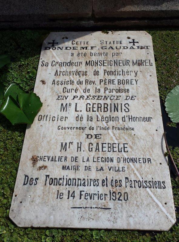 Inscription beneath Joan of Arc statue