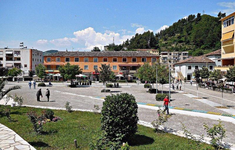 Polican: town square