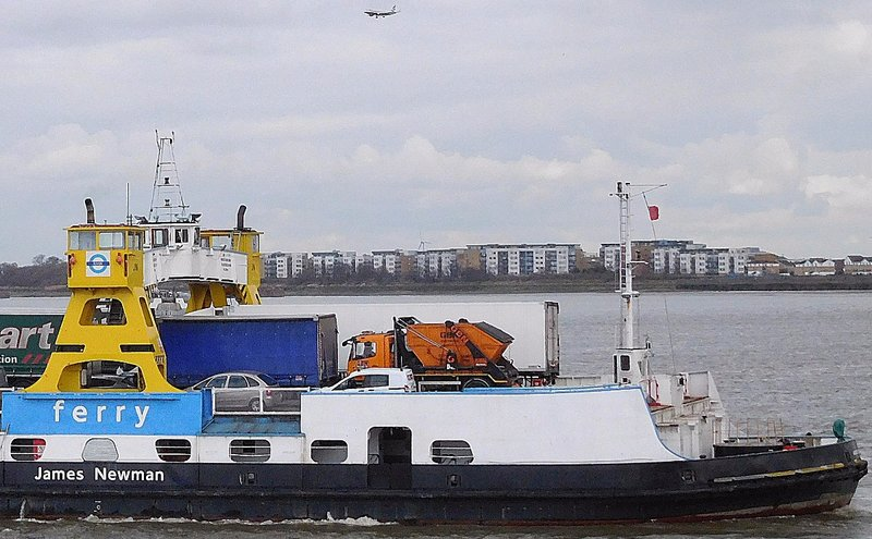 WFREE 6 Woolwich Free Ferry ferry and landing plane
