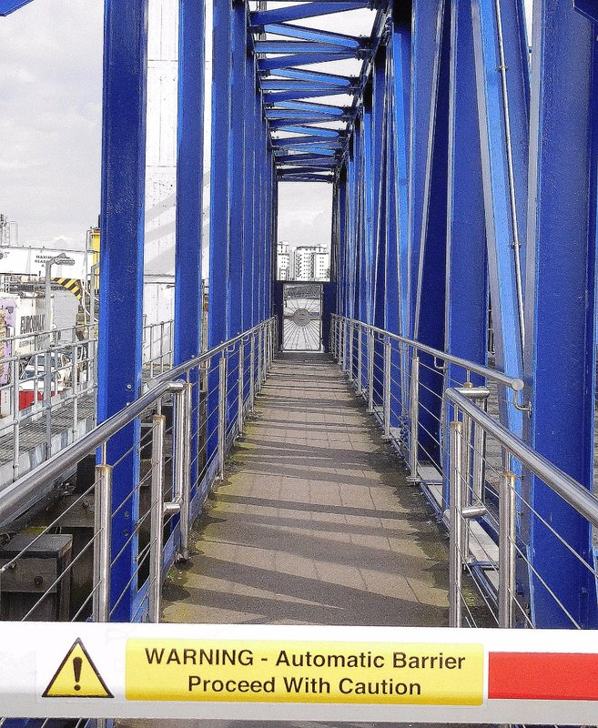 Woolwich Free Ferry: Passenger 'gangplank' at South Woolwich