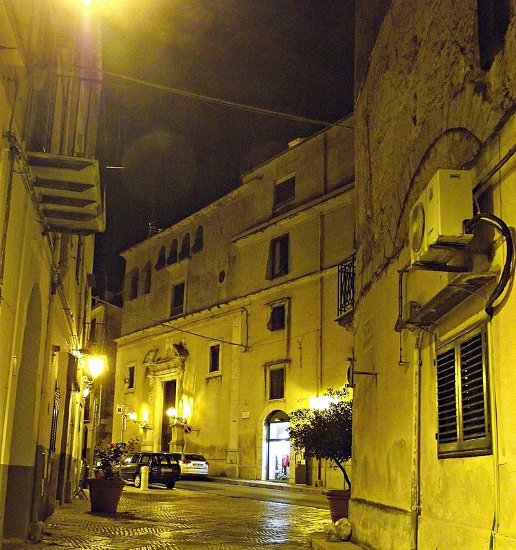Central Piana by night
