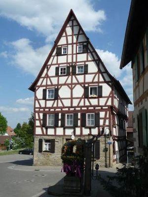 384760855077805-The_Oldest_H..n_Eppingen.jpg