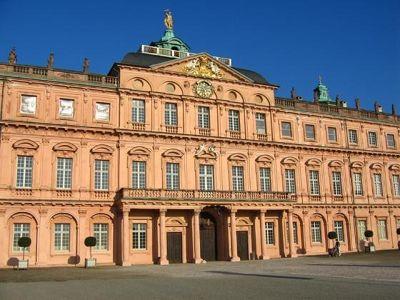 4284840-Rastatt_palace_Rastatt.jpg