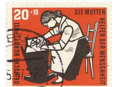 4720120-Mu..Day-Germany.jpg