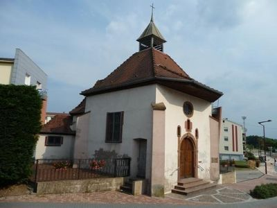 5086669-The_chapel_Lauterbourg.jpg
