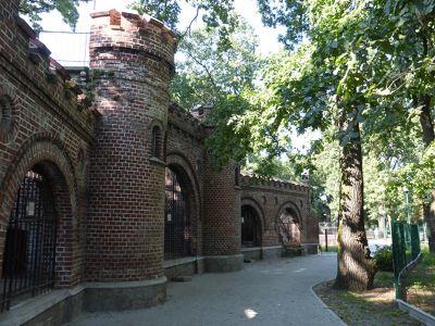 7173155-Zoo_Historical_Buildings_Wroclaw.jpg