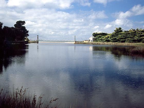 Erskine River - Lorne