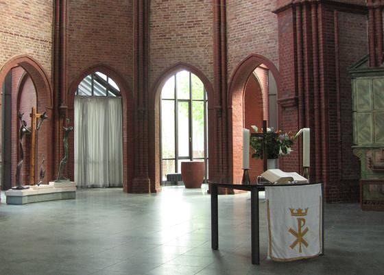 Heilig-Kreuz-Kirche, Kreuzberg, 1885-1888