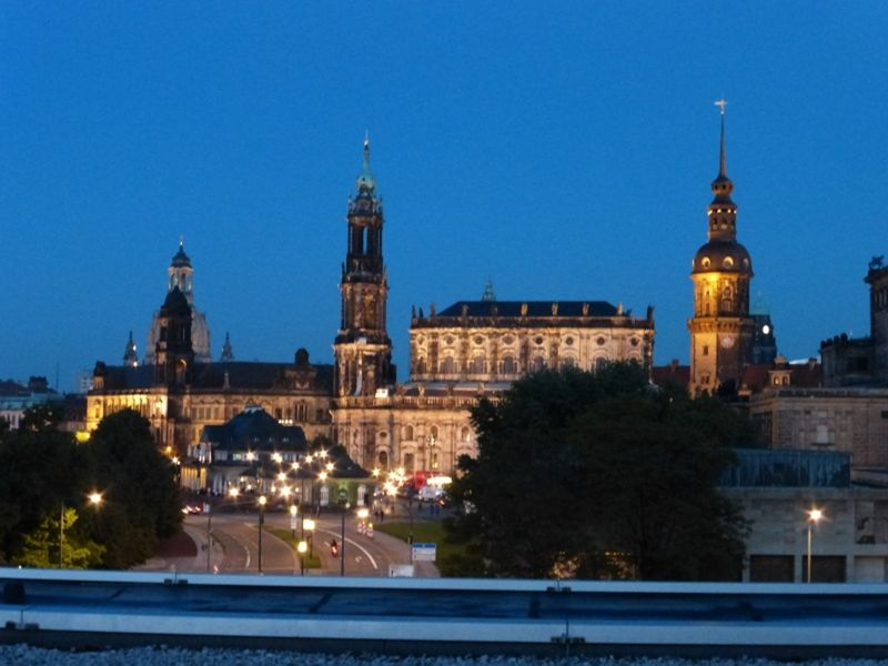Night view from the rooftop - Dresden