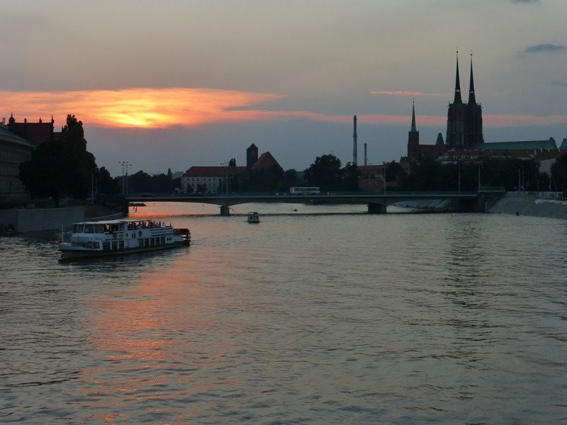 large_7166119-Best_Spot_for_Sunset_Photos_Wroclaw.jpg