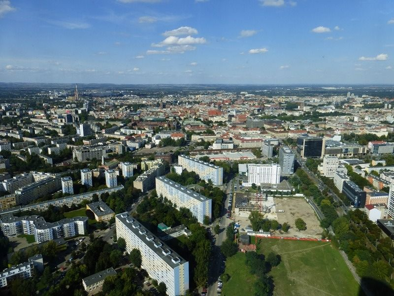 large_7170307-Skytower_Viewpoint_Wroclaw.jpg