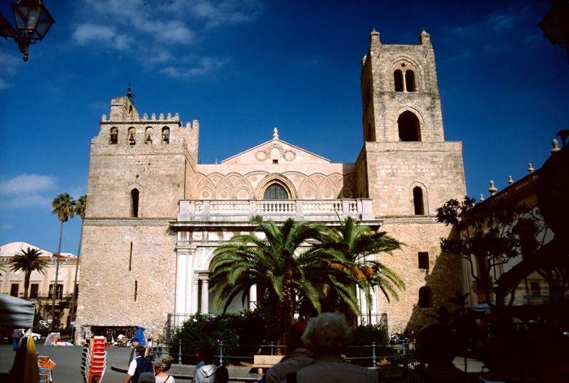 large_7295492-Monreale_Sicilia.jpg