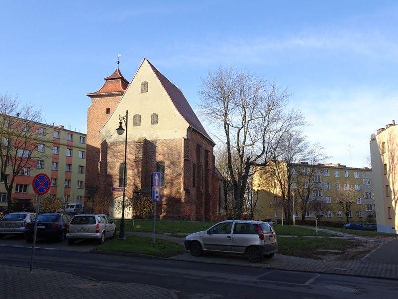 large_7542030-Medieval_Former_Synagogue_Olesnica.jpg