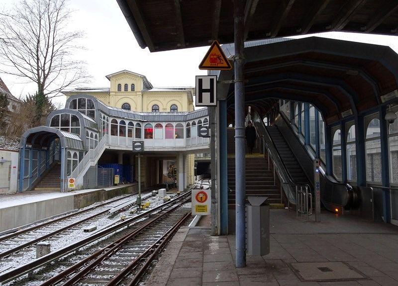 Blankenese S-Bahn station - Hamburg