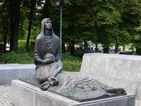 368846497169706-Monument_to_..yn_Wroclaw.jpg