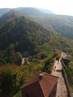 3950486-Trifels_Castle.jpg