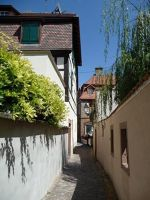 4593927-The_narrow_footpath_Wissembourg.jpg