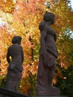 4657041-Statues_on_the_terrace_Rastatt.jpg