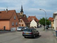 5085915-Walking_Into_Town_Lauterbourg.jpg