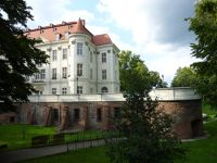 7169527-LESNICA_The_Palace_Wroclaw.jpg