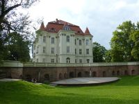 7169528-LESNICA_The_Palace_Wroclaw.jpg