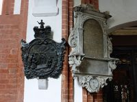 7178195-Tombs_and_Epitaphs_Wroclaw.jpg