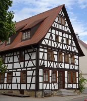 7703811-Old_Houses_and_Impressions.jpg