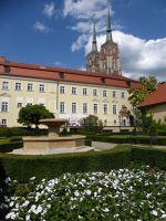 952693957175922-Baroque_Gard..es_Wroclaw.jpg
