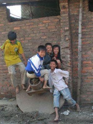 Children in the steel village - Hanoi