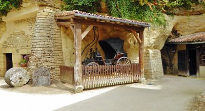Rochemenier Troglodyte Village