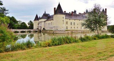 Château du Plessis-Bourré - front