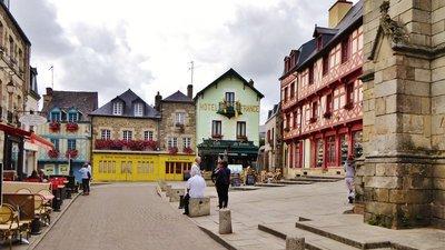 Place Notre Dame in Josselin