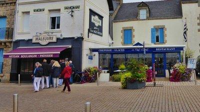 Place de l'Ancienne Gare in La Turballe