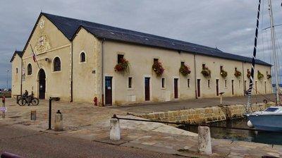 L'Ancienne Criée Cultural Center in Le Croisic