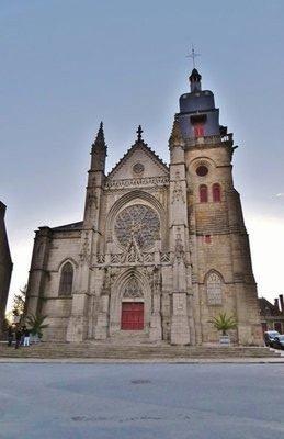 Eglise Saint-Léonard in Fougères