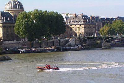 714017446776818-Paris_Fireme..ine_France.jpg