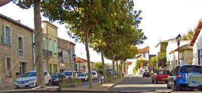 Greater downtown Mollégès