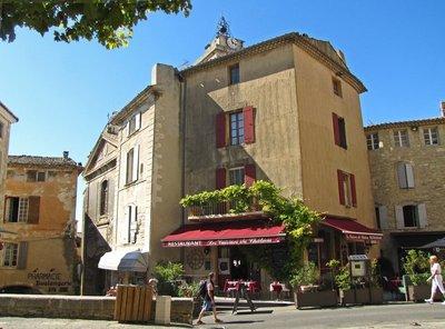 Les Cuisines du Château Restaurant in Gordes