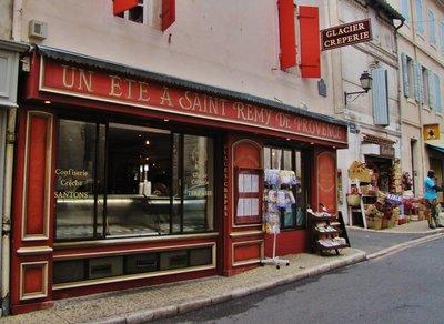 Un Ete A Saint Remy De Provence