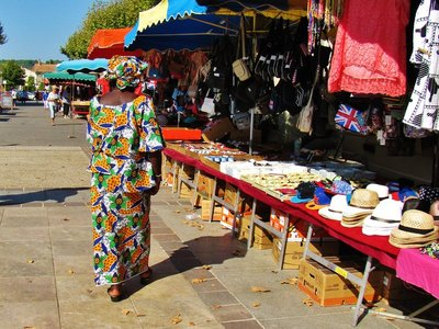 Noves street market