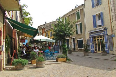 Cafe in Cucuron